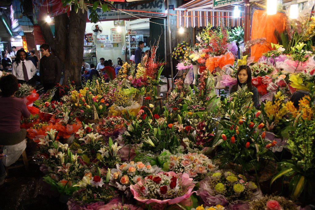 Night Market in the Old Quarter | Hanoi | Asia Hero Travel | Vietnam