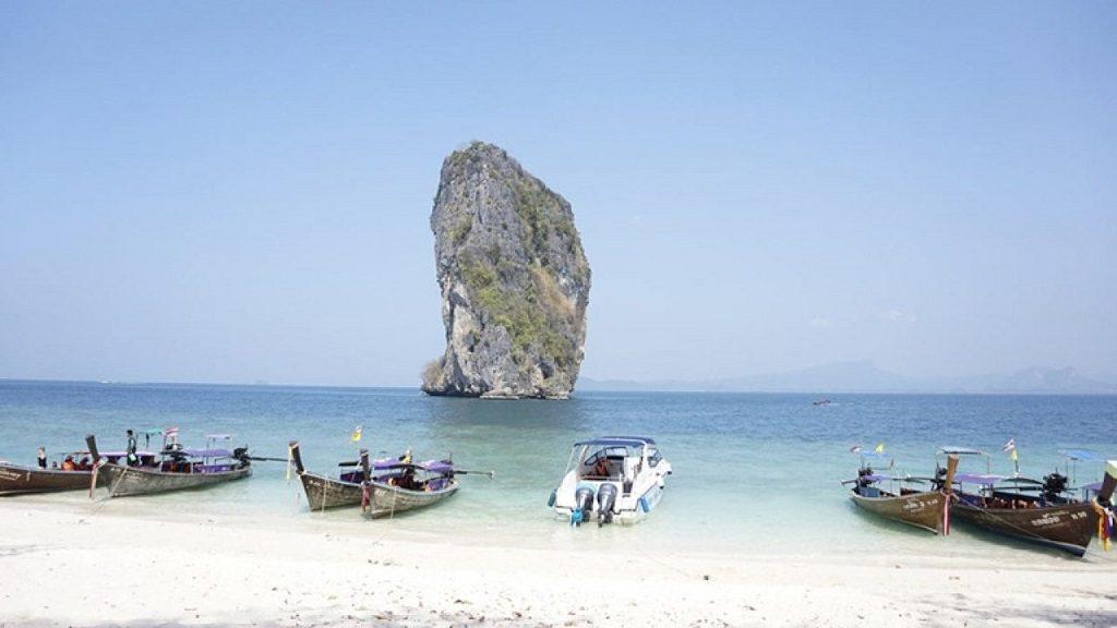 Quan Lan | Asia Hero Travel | Vietnam